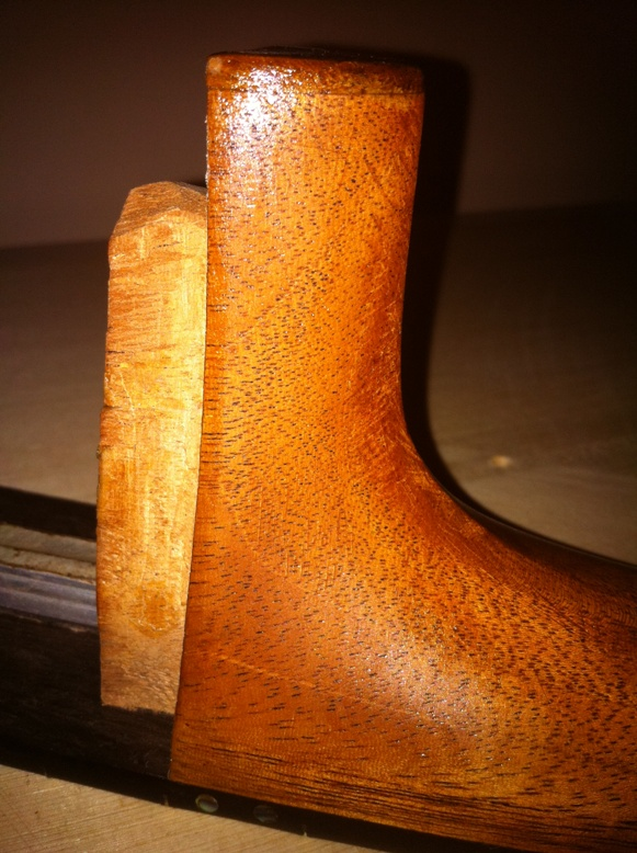 Les guitares d'un luthier aussi amateur que passionné ... - Page 3 0-12heel005