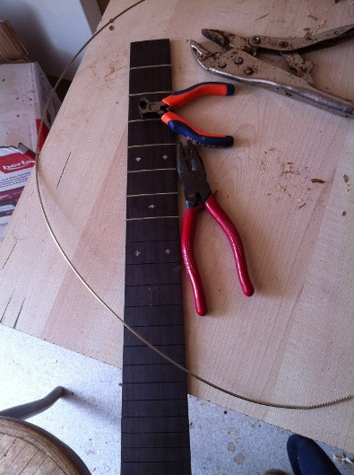 Les guitares d'un luthier aussi amateur que passionné ... - Page 5 Reso%20012