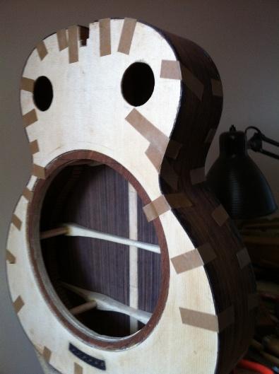 Les guitares d'un luthier aussi amateur que passionné ... - Page 6 Reso%20037